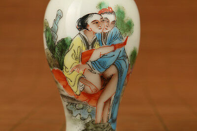 Ancient Chinese Old Porcelain Japanese sexual culture Statue Snuff Bottle