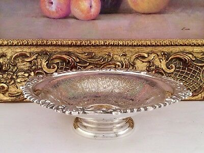 Fine Quality VINERS OF SHEFFIELD Chased Silver Plated Footed Bon Bon Dish C1930