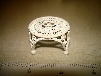 Dollhouse Miniatures 1:12 - White Wire LOW ROUND PLANT STAND PEDESTAL - 3 Legs