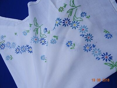 Vintage Tablecloth Hand Embroidery White Linen - Blue Daisies X 4 Corners