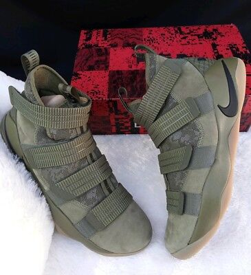 finest selection 80fe3 6aaee Size 12.5 Men s Nike Lebron Soldier Xi 11 Sfg 897646 200 Olive Green Gum  2018