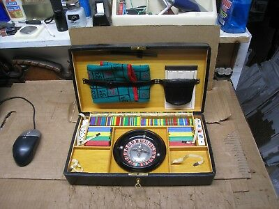 Vintage Casino Dice / Roulette Wheel  w/ Travel Case Made in Spain!