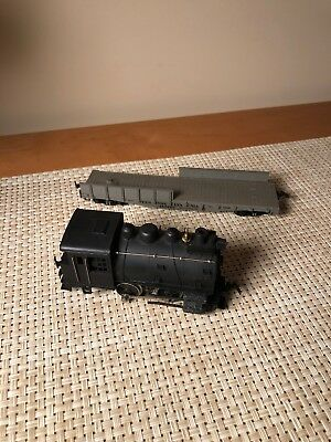 Vintage lot HO TRAIN Trains Rivarossi Italy Engine 1050 1051 + Flat Car 1232
