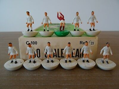 + Subbuteo Heavyweight Team Leeds United - Ref: 21 - In Referenced Box ++