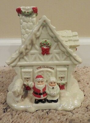"""Lenox Music Box """"Greetings From The North Pole"""" - SANTA CLAUS IS COMING TO TOWN"""