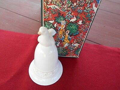 AVON TAPESTRY COLLECTION PORCELAIN 1981 WHITE DOVE BELL w/BOX