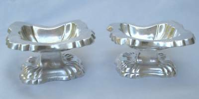 PAIR ANTIQUE AUSTRIAN 813 GRADE SILVER FOOTED OPEN SALT CELLARS EARLY 18th C.