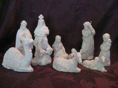 Vintage 1981 AVON NATIVITY 10 pc Matte White Porcelain Christmas Holy Family EUC