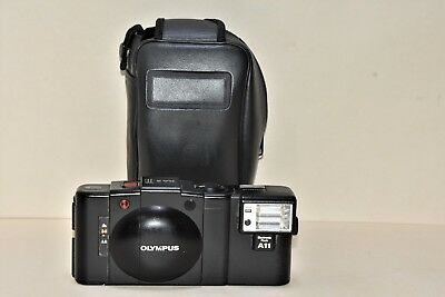 Olympus XA-2 A11 35mm Compact Film Camera with 35 mm lens Kit