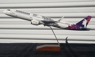 Gemini GDHAL012 Hawaiian Airlines A321 New Hue Desk Top Model 1/100 ES Airplane