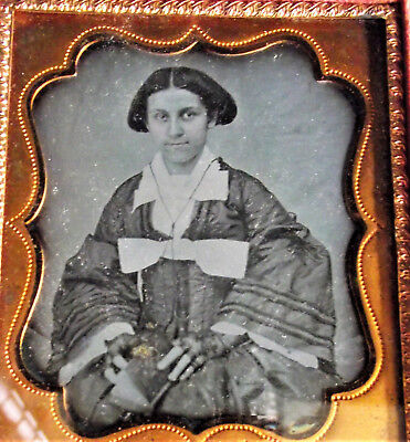 1/6 PLATE DAGUERREOTYPE GIRL WOMAN BOOK LACE HALF GLOVES Tinted Photo Full Case