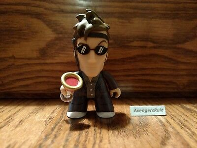 Doctor Who Titans The Renegade Vinyl Figures Tenth Doctor 2/18