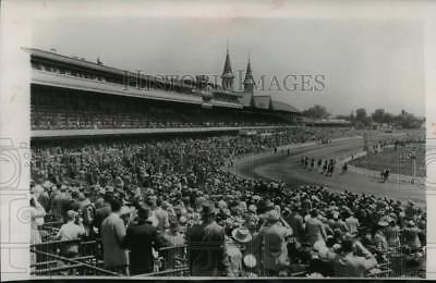 1951 Press Photo Derby Day at Churchill Downs in Louisville, Kentucky