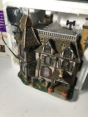 BRAND NEW Lemax Spooky Town Village Collection Alford Mansion