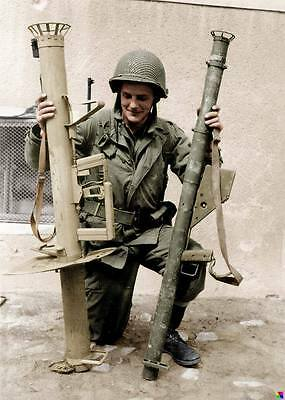 COLOR WWII Photo US Soldier with Panzerschreck   WW2 B&W World War Two / 2188