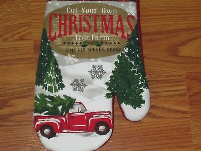 New Christmas OVEN MITT Red Truck w/Tree & Wreath
