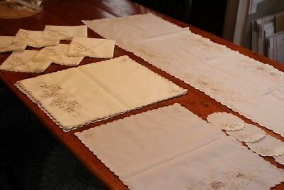 Vintage 6 Placemats 6 Napkins Runner Coasters Cream w Embroidery