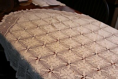 Vintage Cotton Hand Crocheted Tablecloth 52x76 Off White Oval