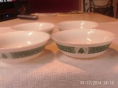 """4 Christmas Holiday Village Arcopal France Cereal Bowls 6 1/4"""" White Glass Tree"""
