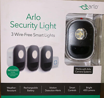 Arlo Smart Security Lights Bundle 3 Pack with 4 Rechargeable Batteries