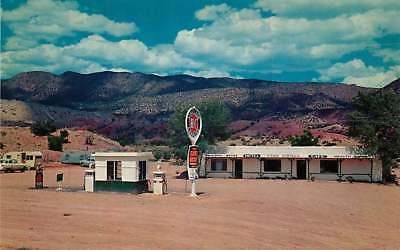 Roadside Postcard Hotel Cafe & Gas Station, Jemey Mountains, New Mexico ca 1950s
