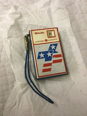Vtg 1976 General Electric GE Red White Blue Pocket Transistor Radio Spirit of 76