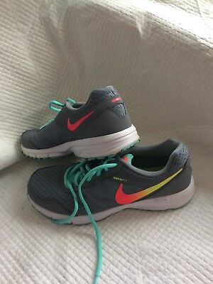 best loved f69e4 9b323 Nike Free TR Connect 2 Womens Running Shoes US Size 10 Grey Animal Print  Pink.
