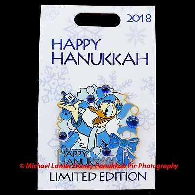 Disney 2018 Happy Hanukkah Donald Duck Jewels Pin Dreidel Blue Bow