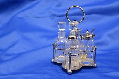 Walker and Hall Silver Plate and Glass Cruet Set (SL125)