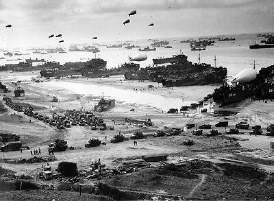 WWII Photo D-Day Invasion Omaha Beach June 1944  WW2 World War Two Normandy