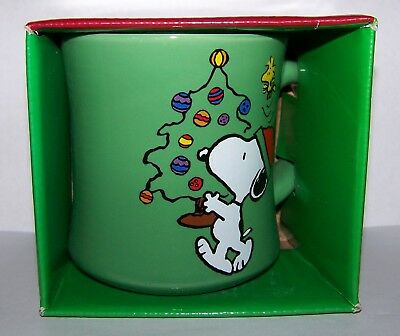 Peanuts Happy Holidays Christmas Snoopy 12oz Ceramic Coffee Chocolate Mug NEW