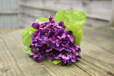 17 x MINI SILK VIOLETS SPRAY TIED BUNCH, WITH LEAVES 20cm