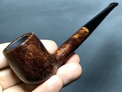Road Town Small Canadian Style Briar wood craft pipe--- unsmoked
