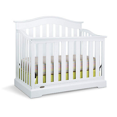 Graco Westbrook Durable 4 in 1 Convertible Baby Toddler Child Crib Daybed, White