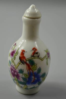 Collectable Handwork Old Porcelain Painting Flower Bird Auspicious Snuff Bottle