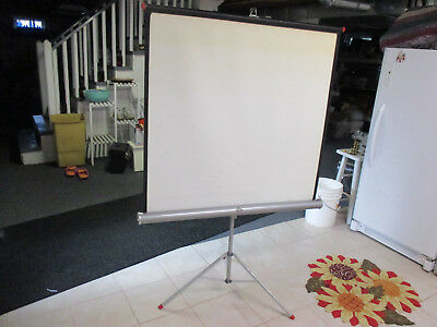 Vintage Tower 40 X 40 Projector Screen With metal stand Screen Tripod