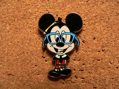 Mickey Disney Pin - 2010 Nerds Rock - Collection