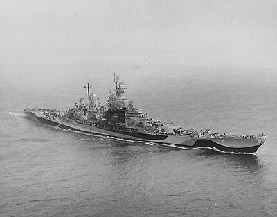 7069  USS Missouri Underway 1945 US Navy  WWII WW2 B&W Photo World War Two USN