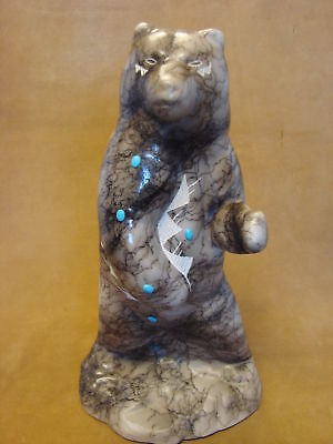 Navajo Indian Pottery Horse Hair Standing Bear Sculpture by Vail! Etched PT0090