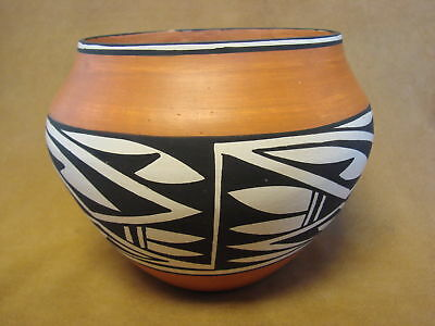 Acoma Indian Pottery Hand Coiled & Painted Pot by Joseph Salvador PT0086