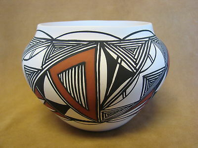 Native American Acoma Pot Hand Painted by S. Salvador PT0076