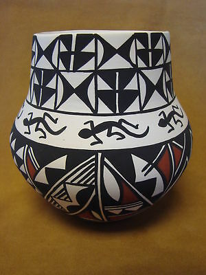 Native American Acoma Pot Hand Painted by Concho PT0079