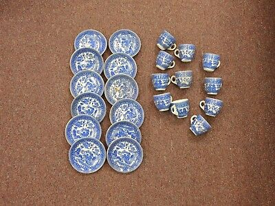 LOT VINTAGE MADE IN JAPAN BLUE WILLOW CUP AND SAUCERs BLUE AND WHITE WILLOW