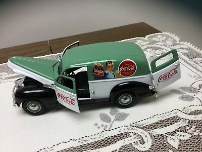 Matchbox Coca Cola 1940 Ford Sedan Delivery Van 1:18 Scale