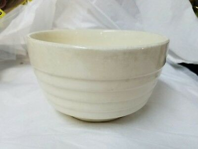 VINTAGE White Pottery SMALL Ribbed MIXING BOWL Nesting MID-CENTURY USA Beehive