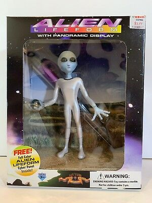 ALIEN LIFEFORM FIGURE WITH PANORAMIC DISPLAY Vintage 1995 Shadowbox Collectibles