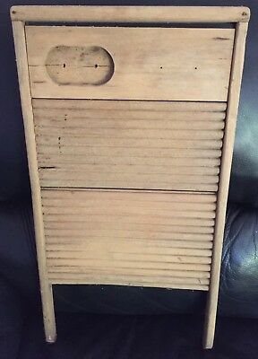 """VINTAGE RUSTIC ANTIQUE WOODEN LAUNDRY """"MAN CAVE"""" WASHBOARD in AF COND"""