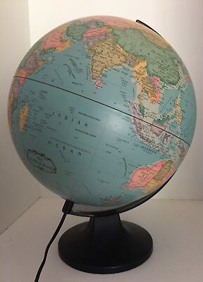 VINTAGE 1990's  WORLD GLOBE AND LAMP in EXC WORKING COND