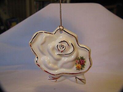 1962 Royal Doulton Royal Albert Old Country Roses Christmas Tree Ornament