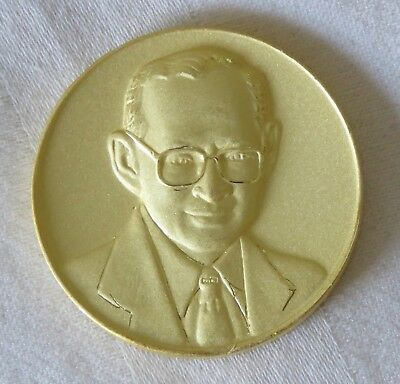 King Rama 9 IX 80th Birthday 2007 Thailand 24th Sea Games Medal Gold Color